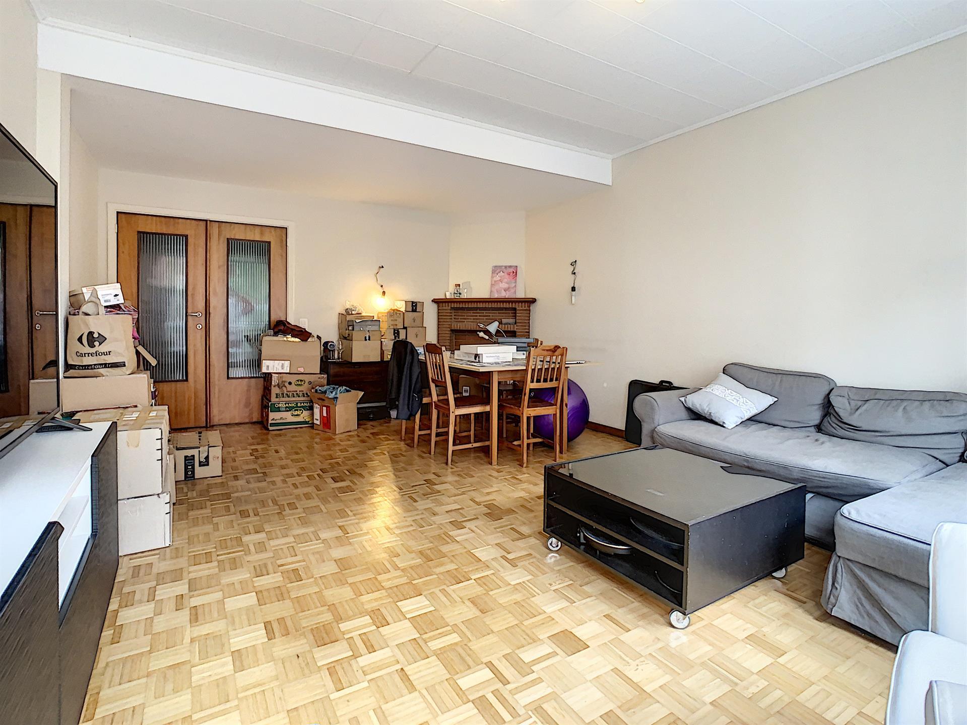 Appartement - Etterbeek - #4418245-1