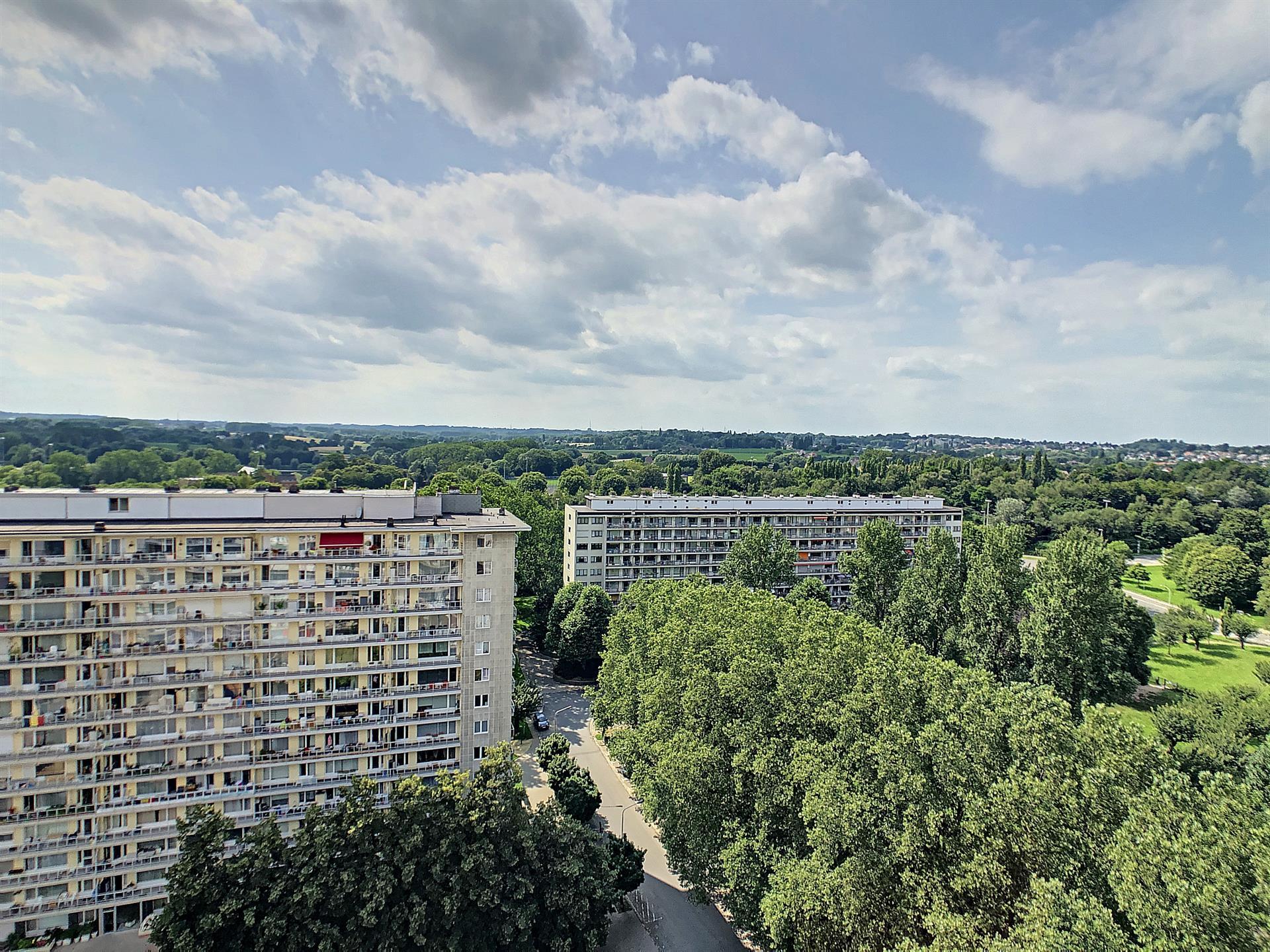 Appartement - Anderlecht - #4422632-1