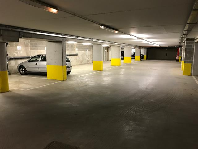 Inside parking - Uccle - #3132845-0