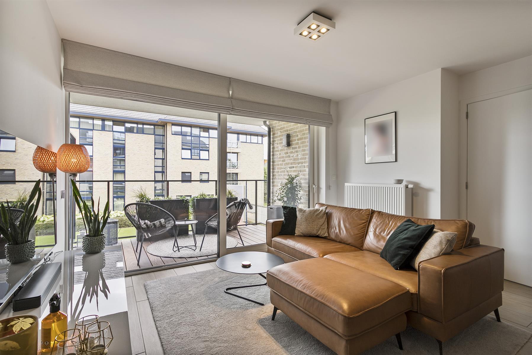 Instapklaar appartement met terras