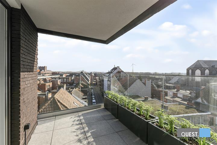 Penthouse                              - 2850 BOOM