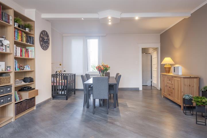 Appartementappartement te Antwerpen Wilrijk, Vijverlaan 61