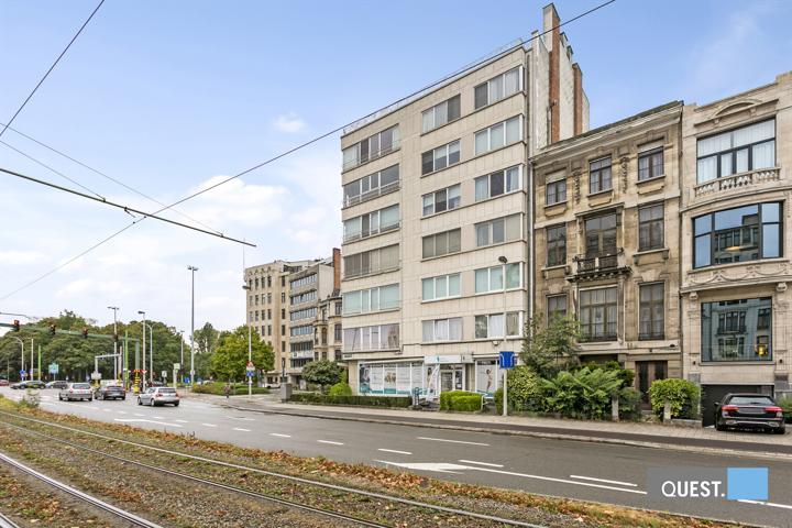 Commercieelcommercieel gelijkvloers te Antwerpen, Jan van Rijswijcklaan 154