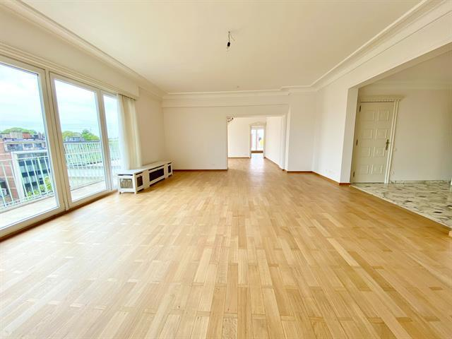 W Churchill 234 penthouse - Uccle