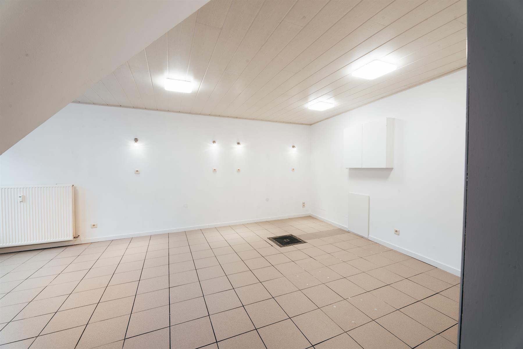 Rez commercial - Plombières Hombourg - #4364579-5