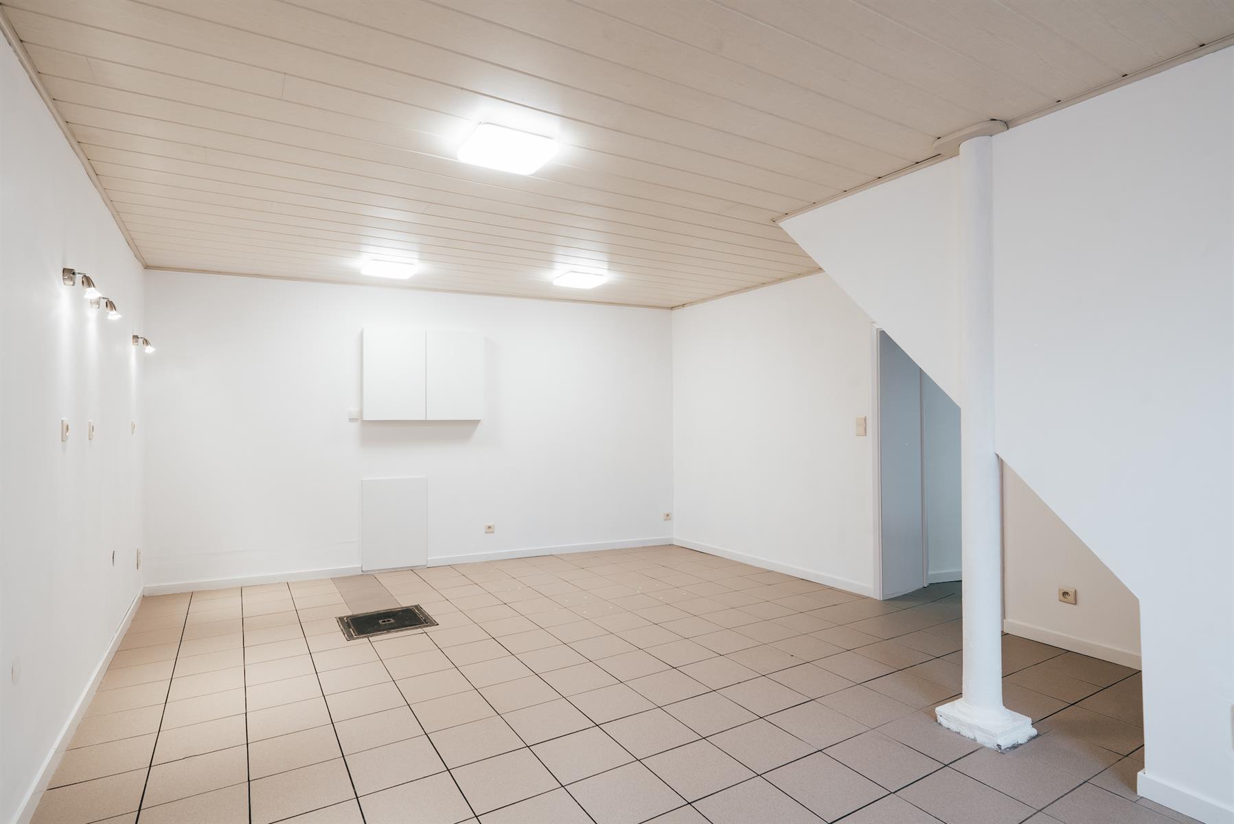 Rez commercial - Plombières Hombourg - #4364579-4