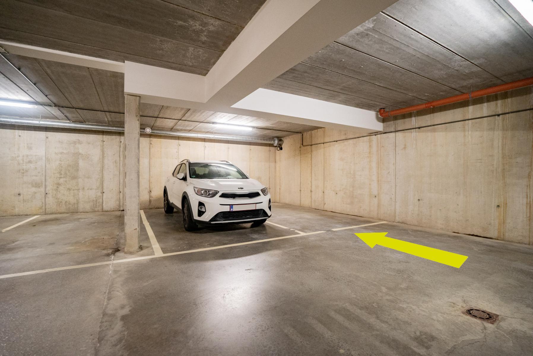 Parking intérieur - Herve - #4537233-0