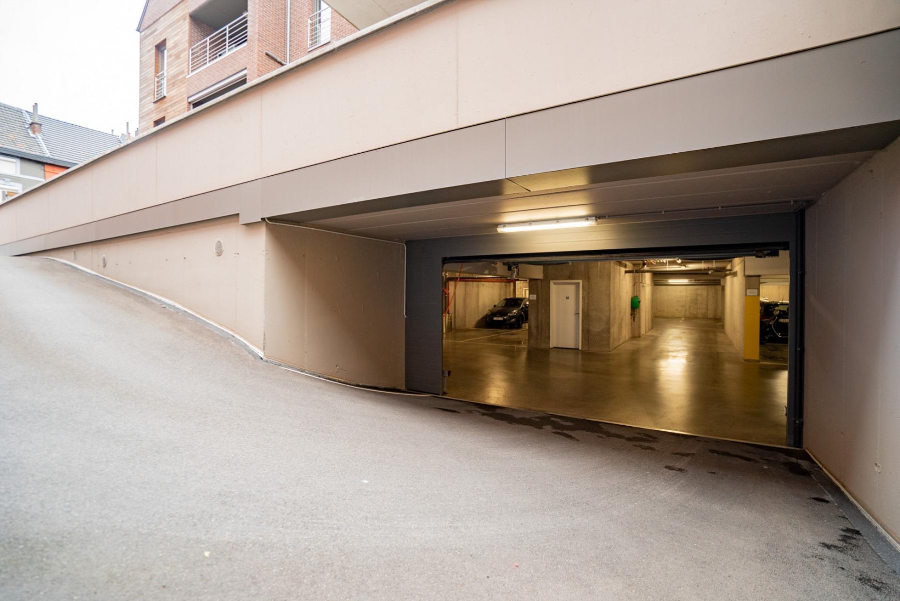 Parking intérieur - Herve - #4537233-2