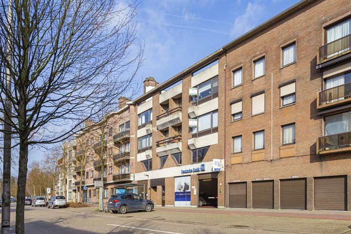 Ruim 2-slaapkamer appartement met terras in centrum Brasschaat.