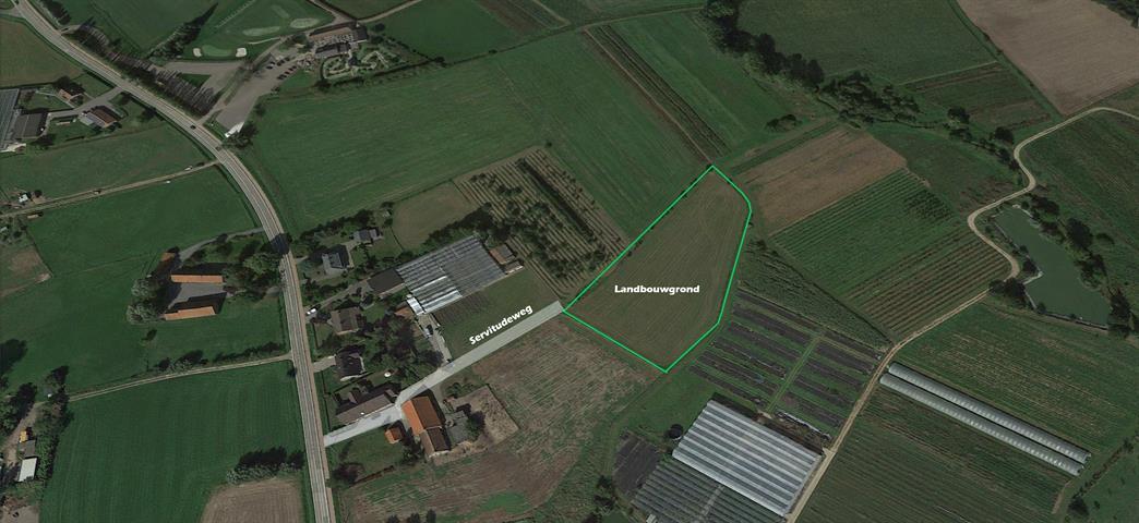 Landelijk gelegen landbouwgrond van 8.329m² vrij van pacht.