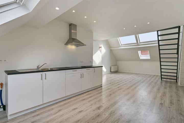 Duplex met één slaapkamer nabij Park Spoor Noord.
