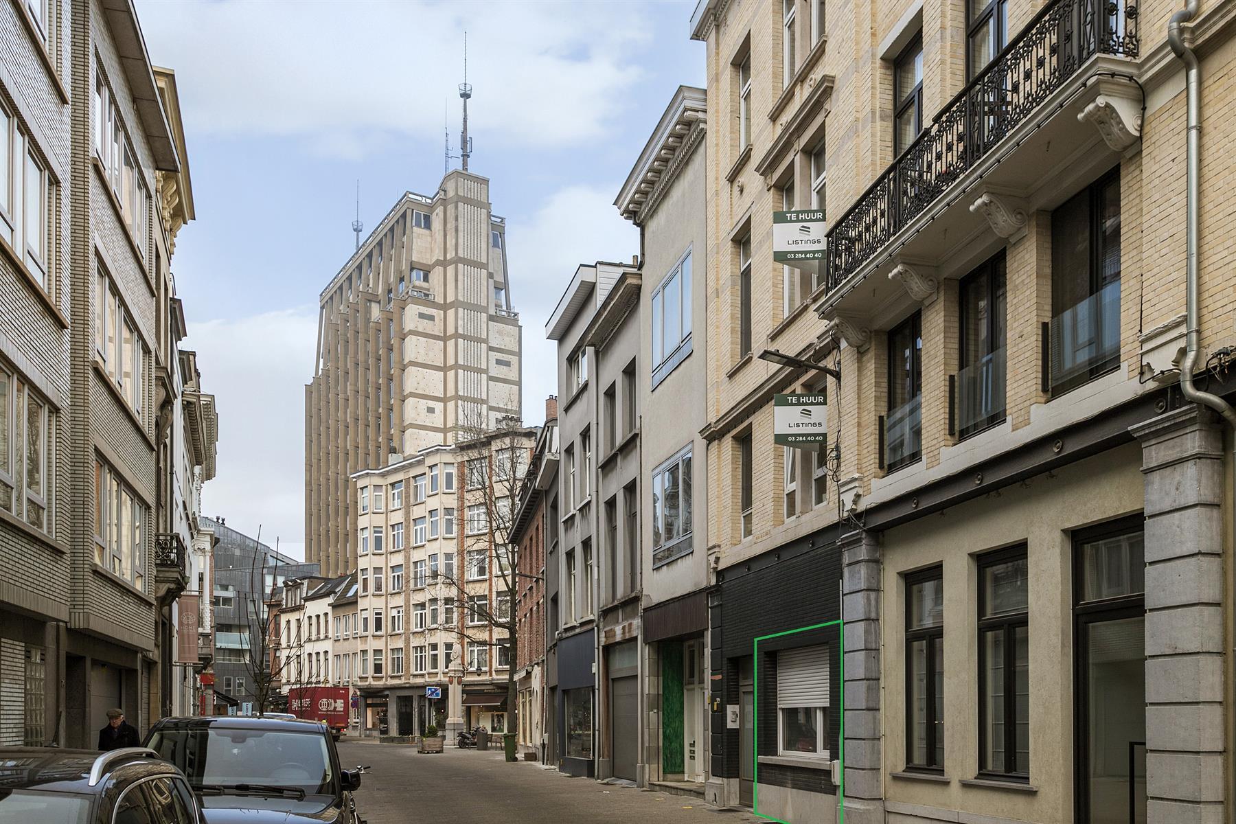 Gerenoveerd één-slaapkamer appartement in centrum Antwerpen.