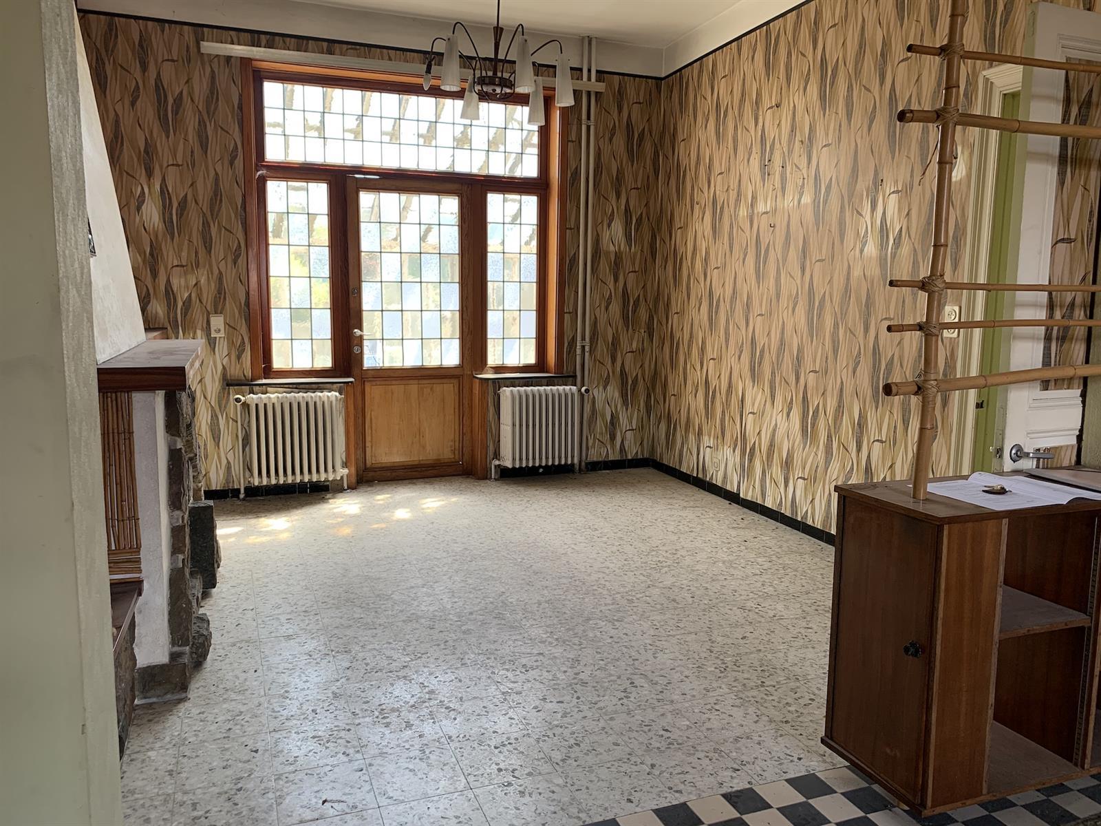 Maison de maître - Chapelle-lez-Herlaimont - #4281086-5