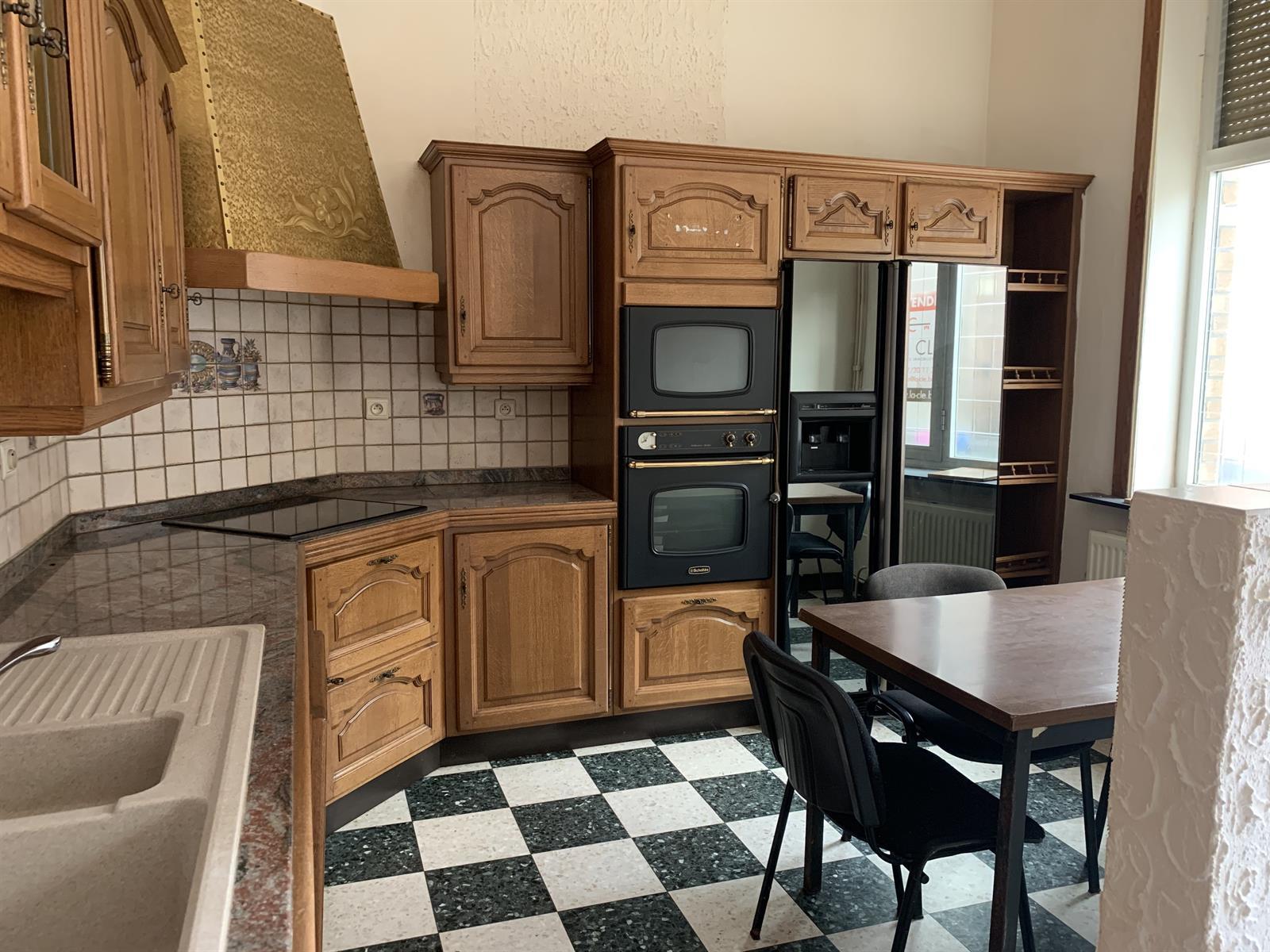 Maison - Fontainel'Evêque Forchiesla-Marche - #4281156-1