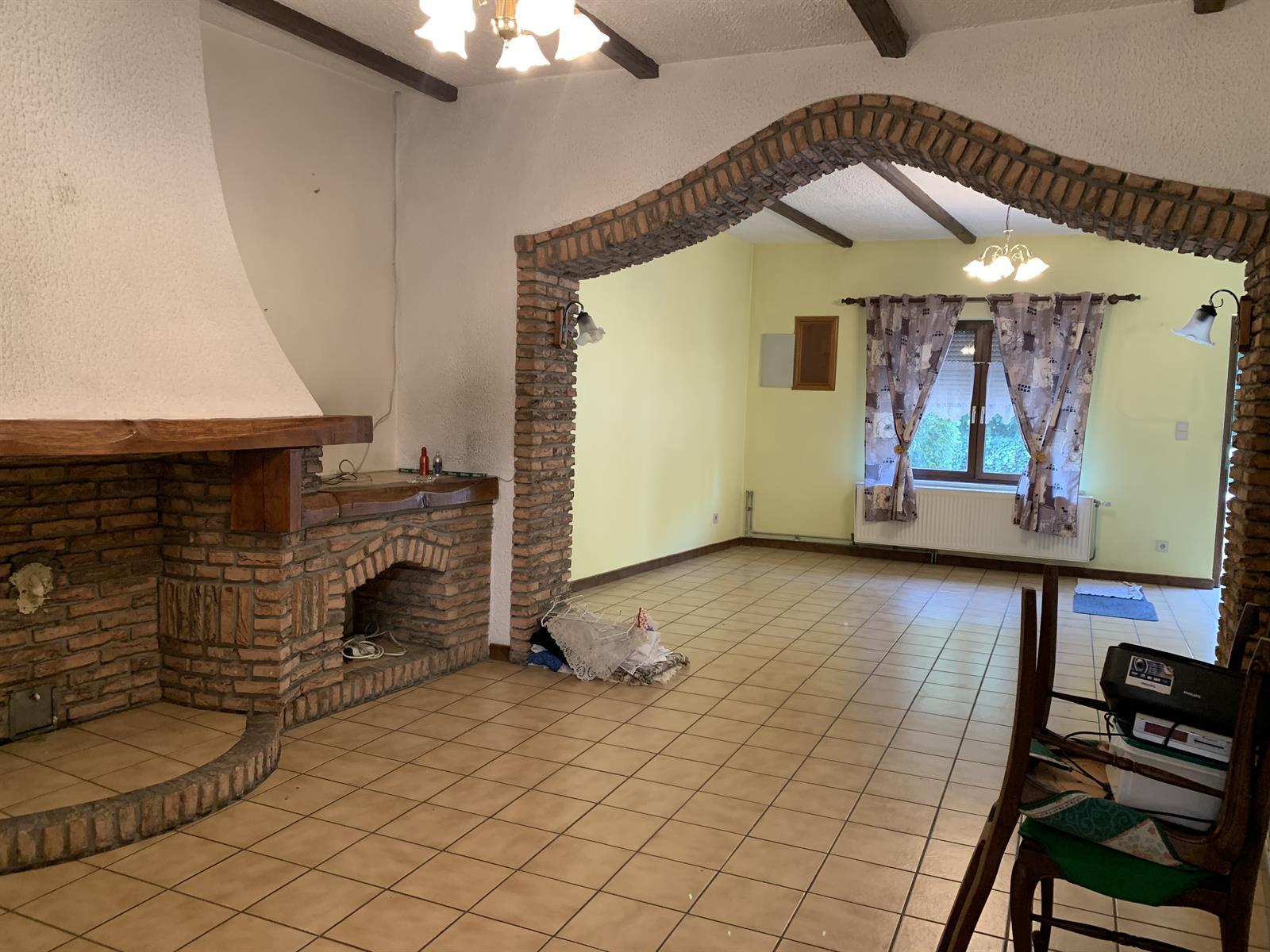 Maison - Fontaine-l'Eveque - #4281182-1