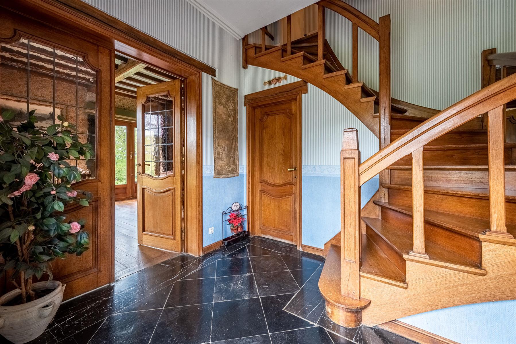 Villa - Houyet - #4357076-4