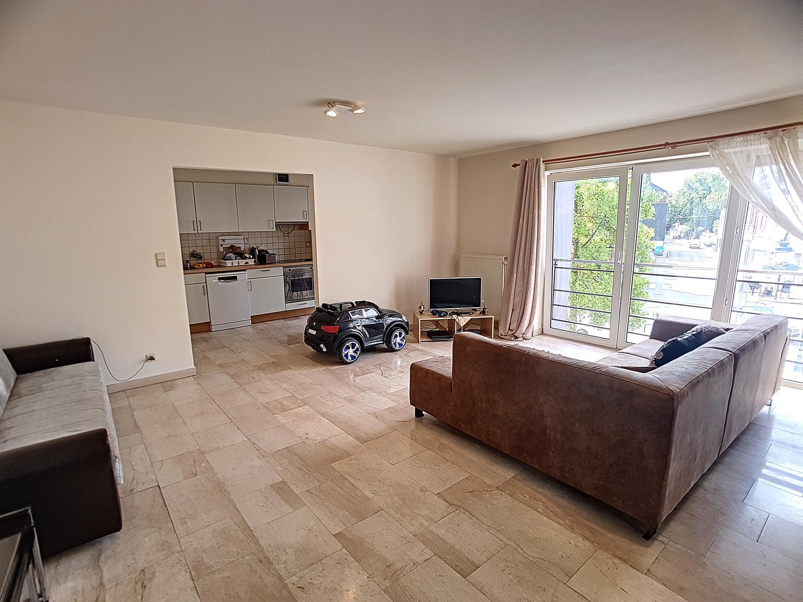 Appartement - Court-St.-Etienne - #3847212-10