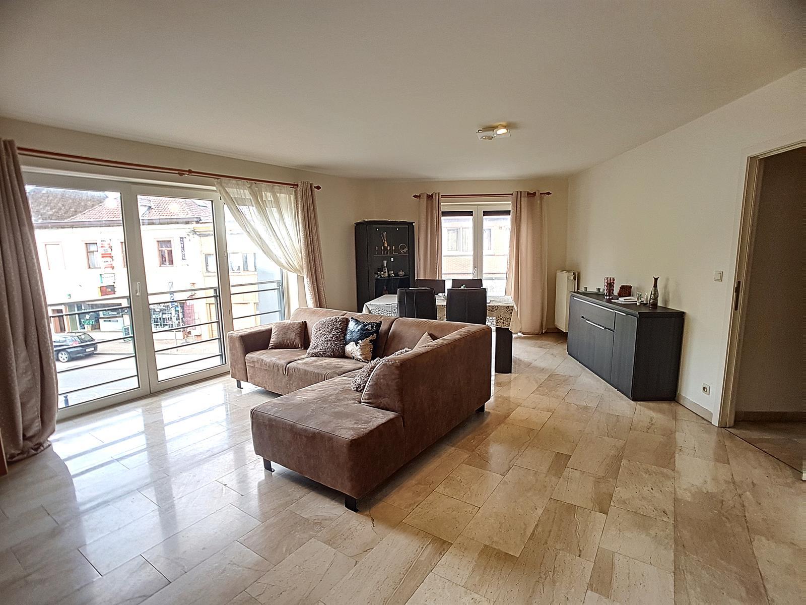 Appartement - Court-St.-Etienne - #3847212-1