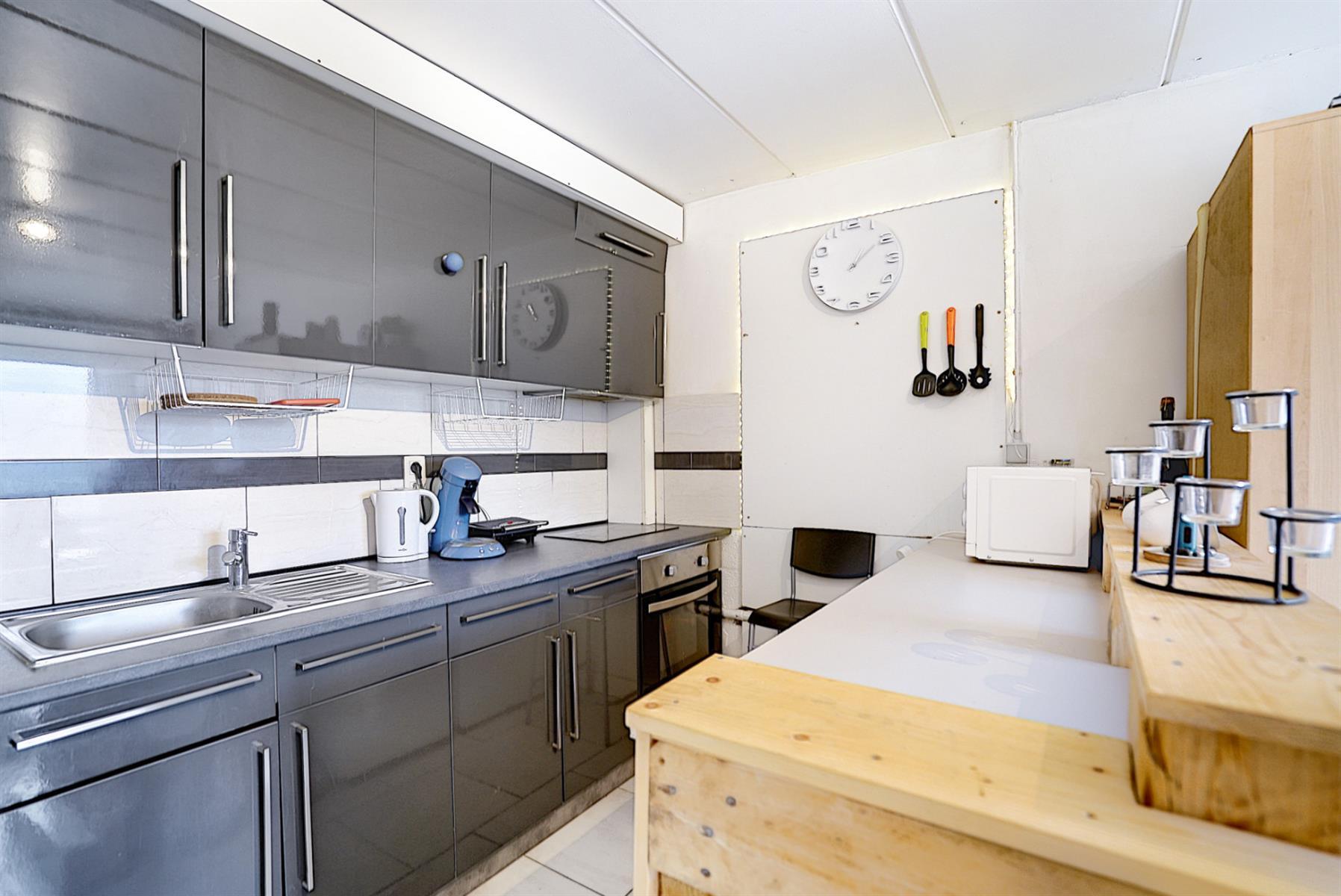Villa - Court-Saint-Etienne - #3854741-17