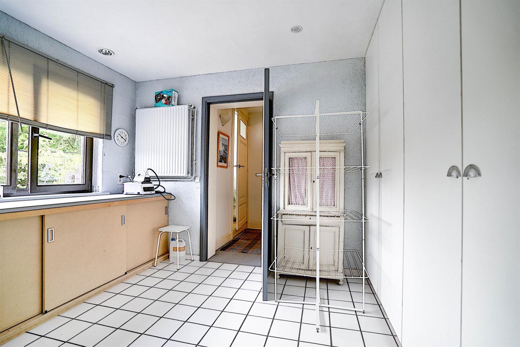 Maison - Court-saint-Étienne - #4002819-30