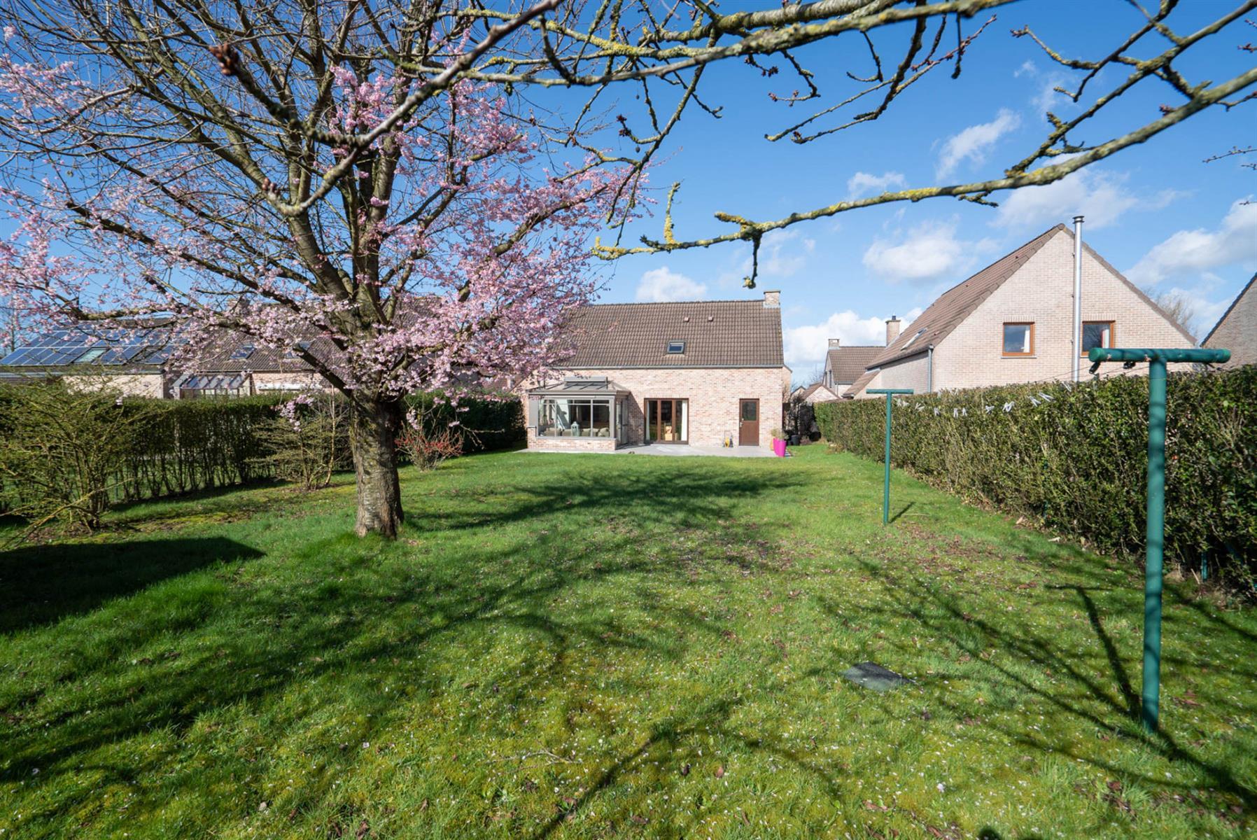 Villa - Chaumont-Gistoux - #4006823-25