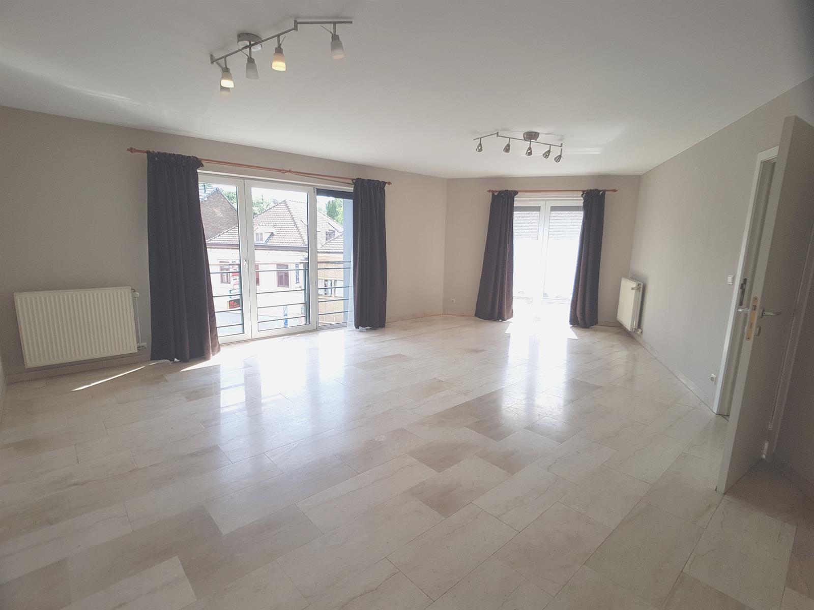 Appartement - Court-St.-Etienne - #4078945-3