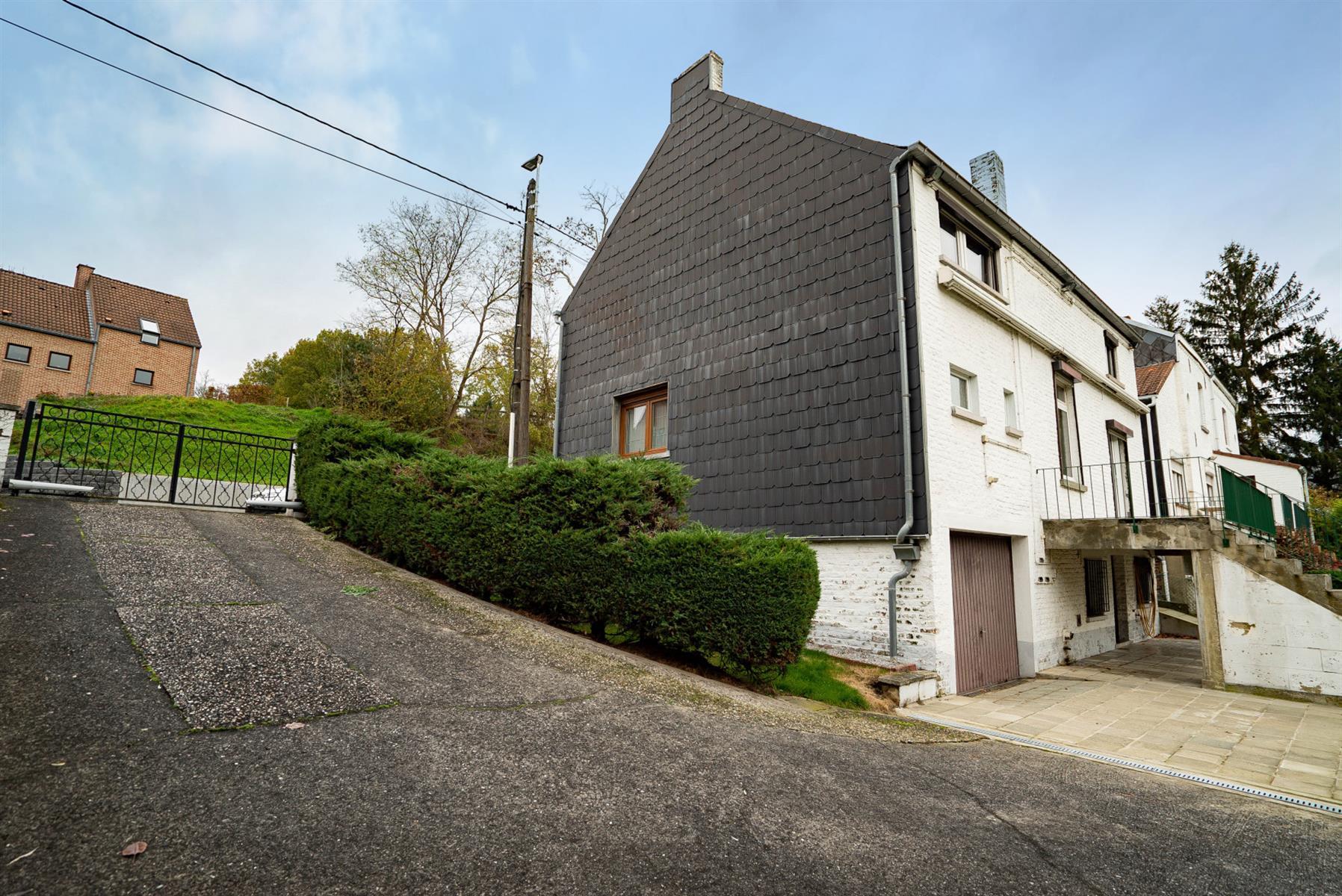 Maison - Court-saint-Étienne - #4190664-14