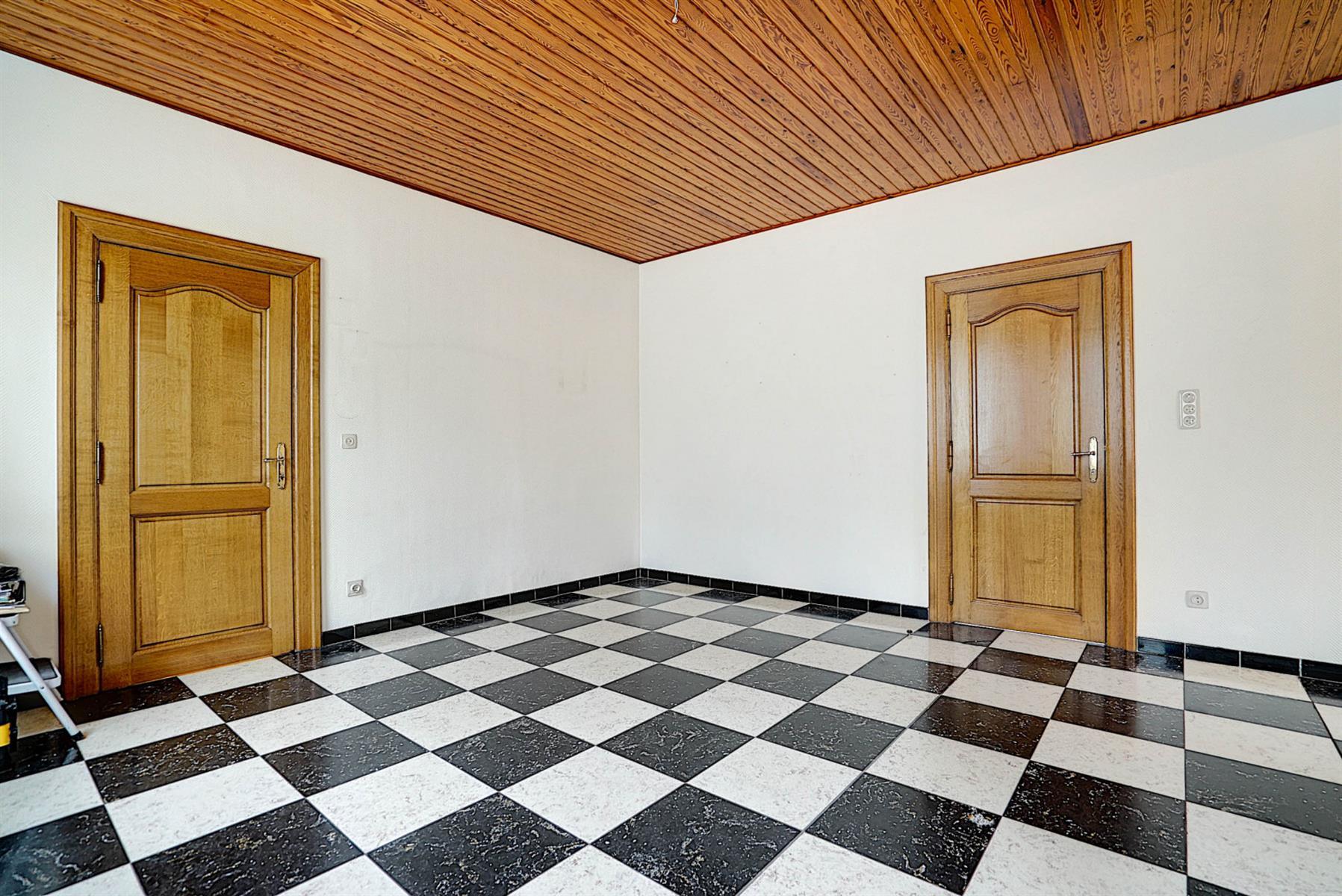 Maison - Court-saint-Étienne - #4190664-12