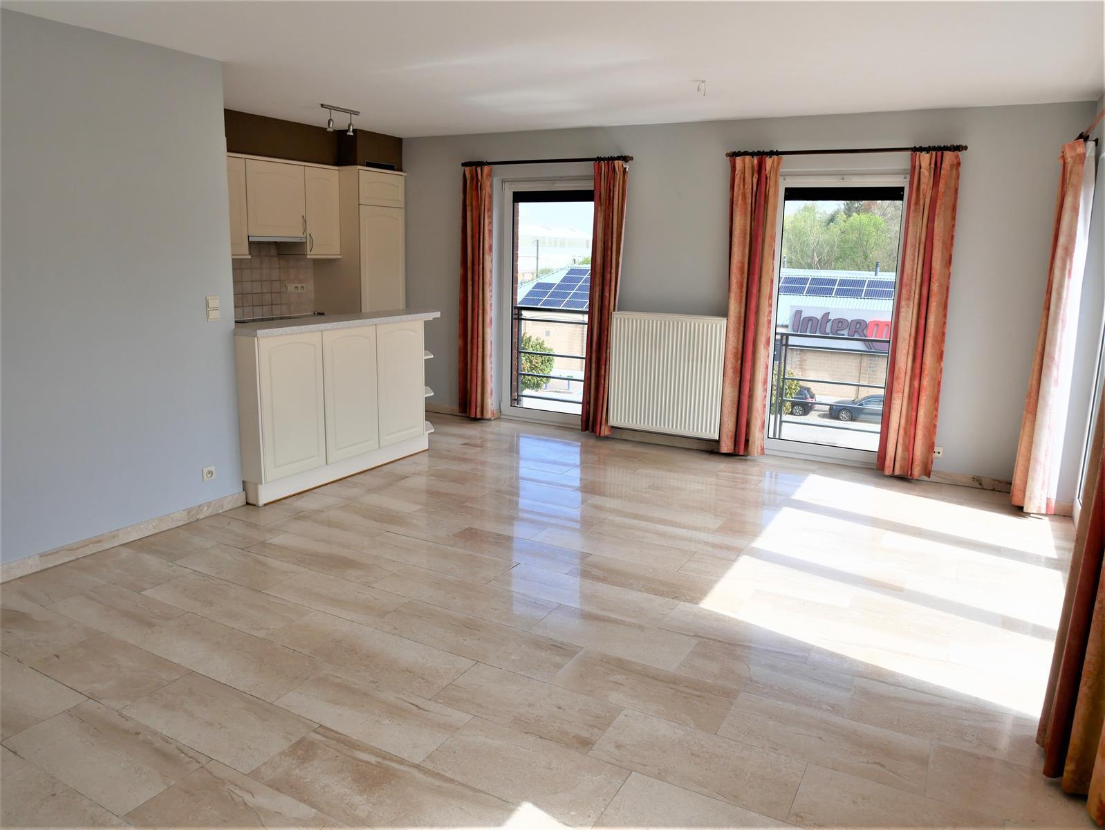 Appartement - Court-St.-Etienne - #4348315-1
