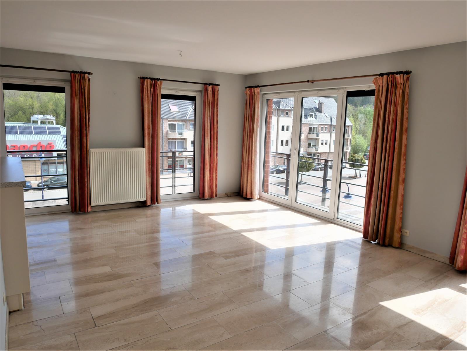 Appartement - Court-St.-Etienne - #4348315-2