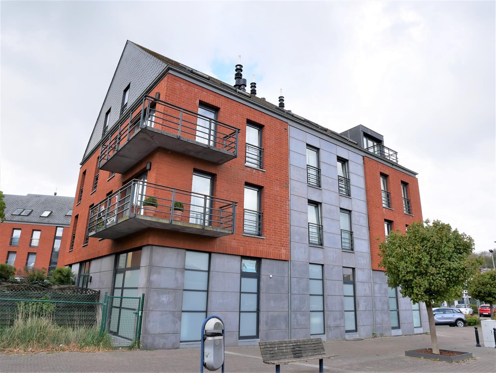 Appartement - Court-St.-Etienne - #4348315-0