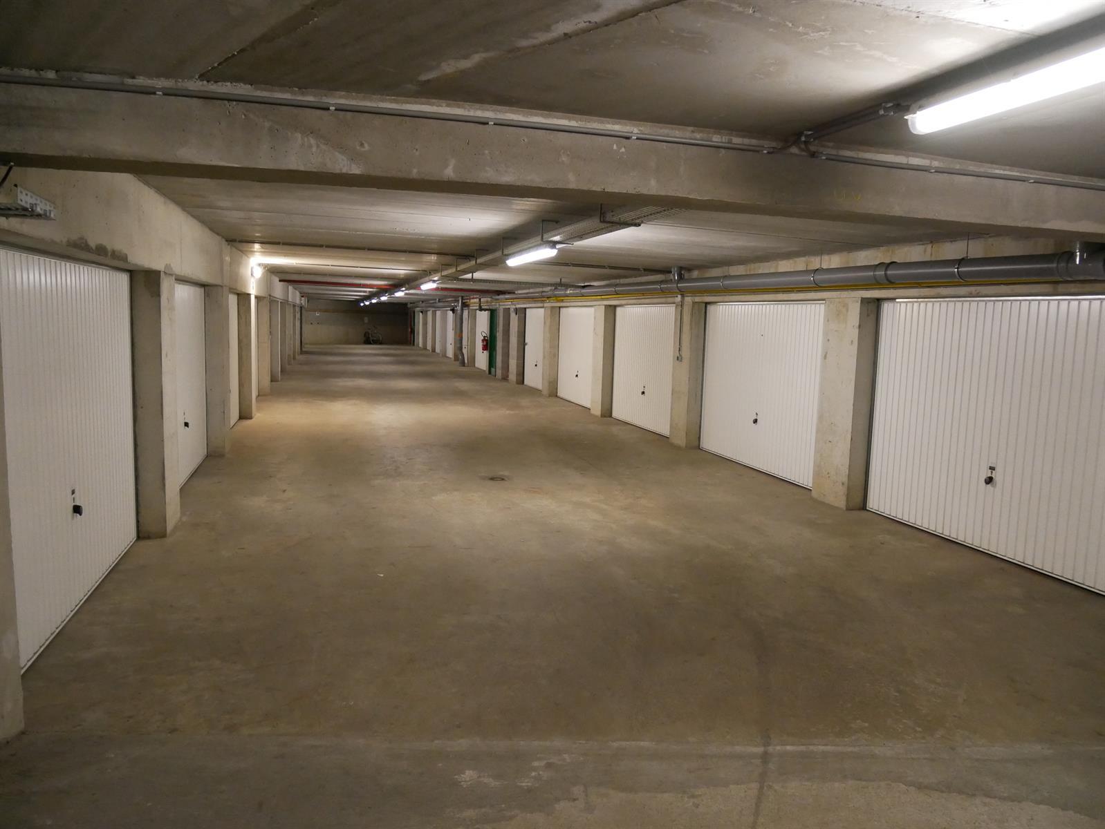 Appartement - Court-St.-Etienne - #4348315-13