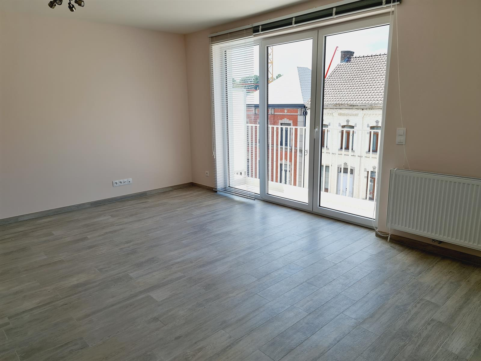 Appartement - Court-St.-Etienne - #4395992-5