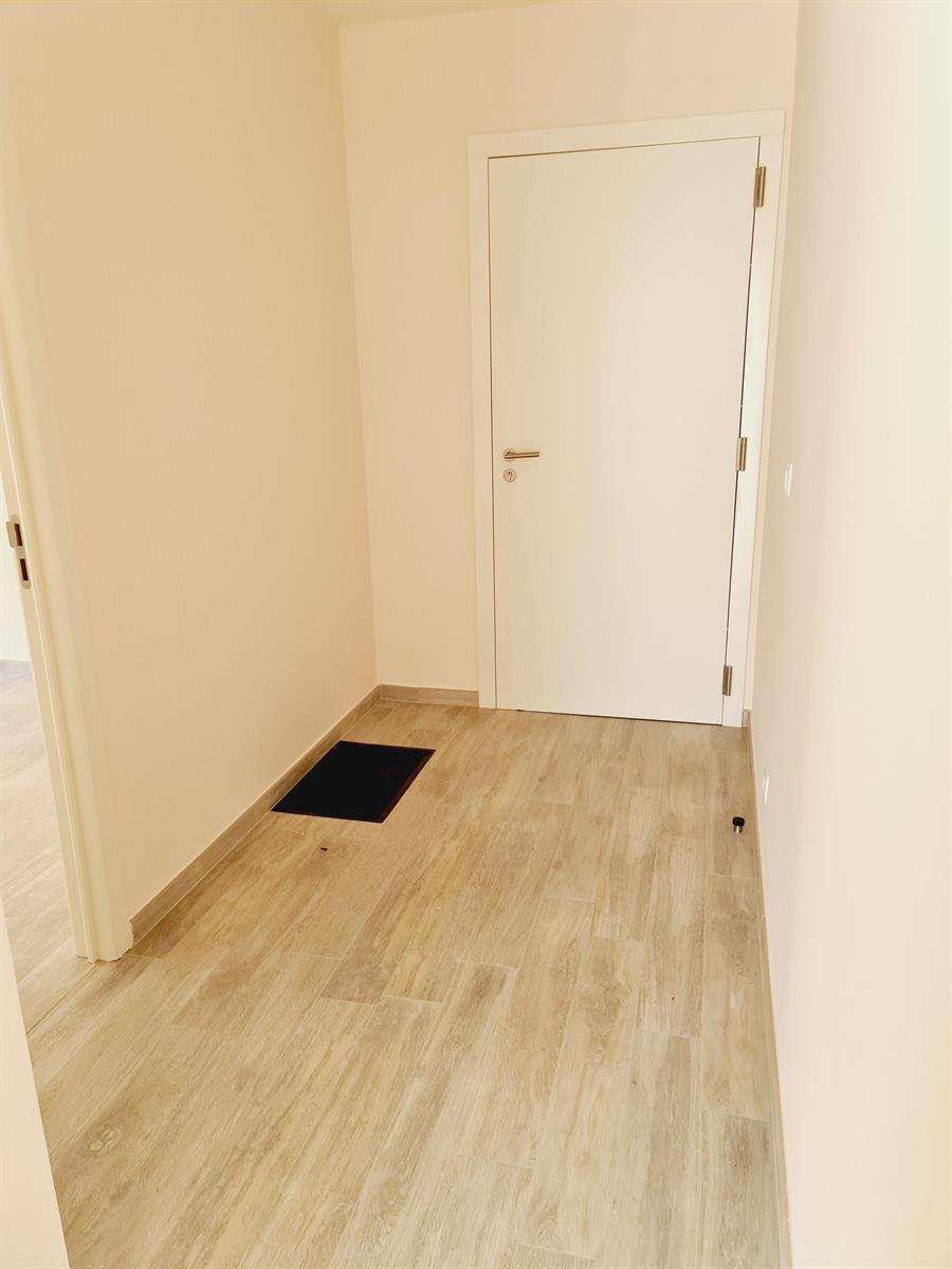 Appartement - Court-St.-Etienne - #4395992-8