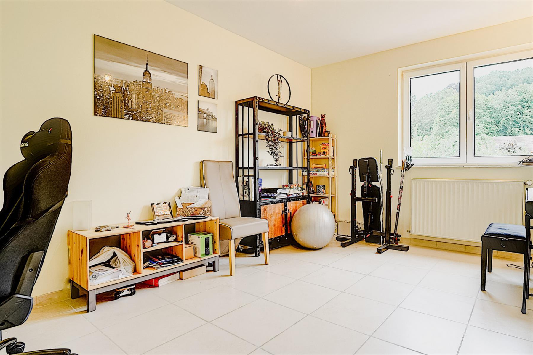Appartement - Court-saint-Étienne - #4417219-12