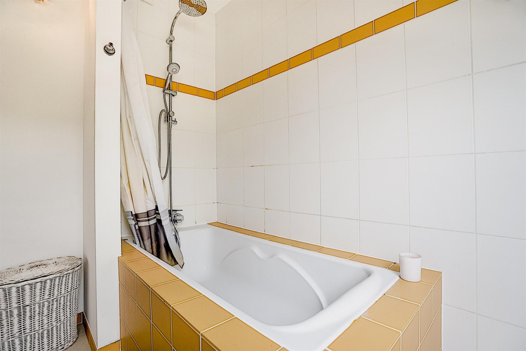 Appartement - Court-saint-Étienne - #4417219-18