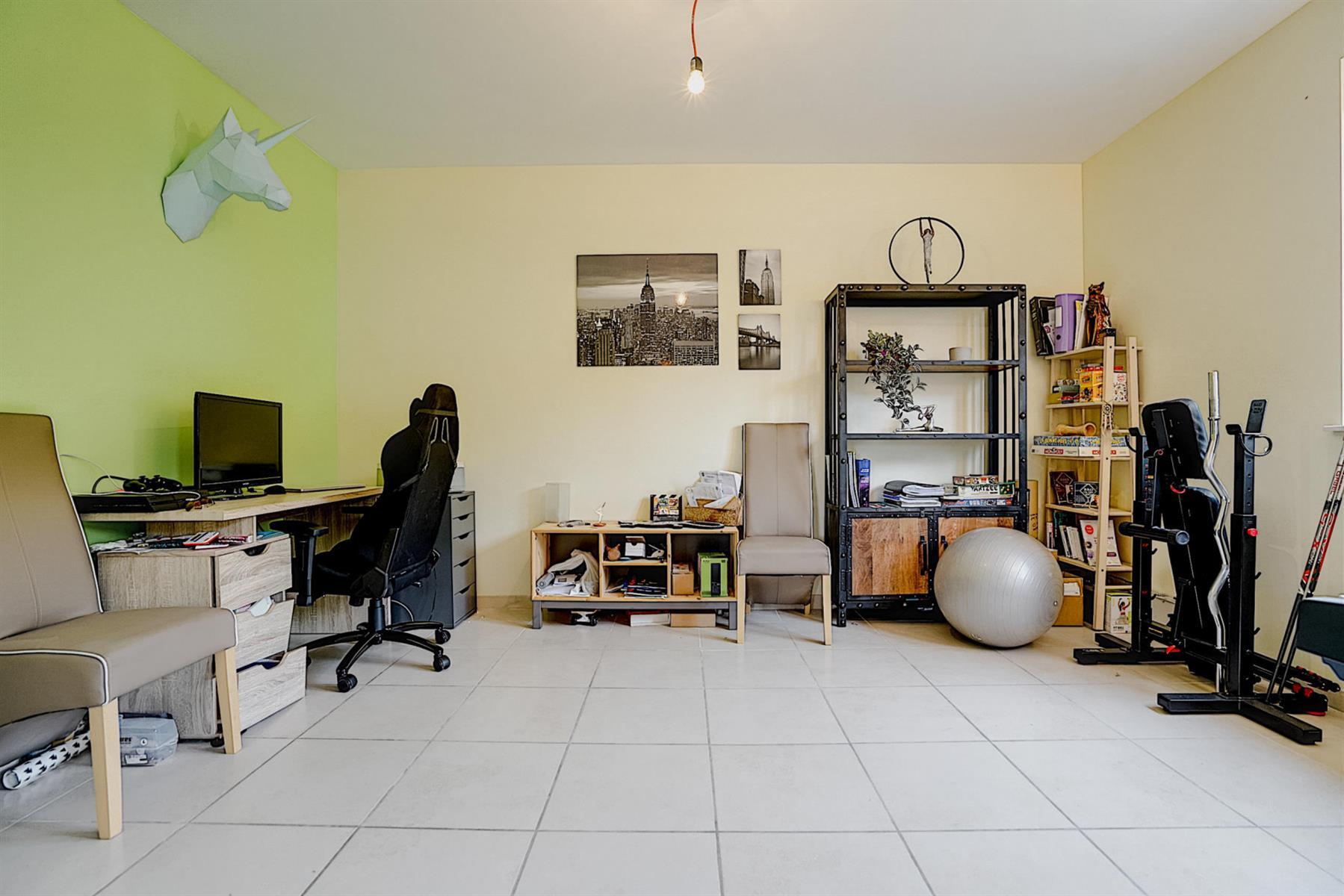Appartement - Court-saint-Étienne - #4417219-10