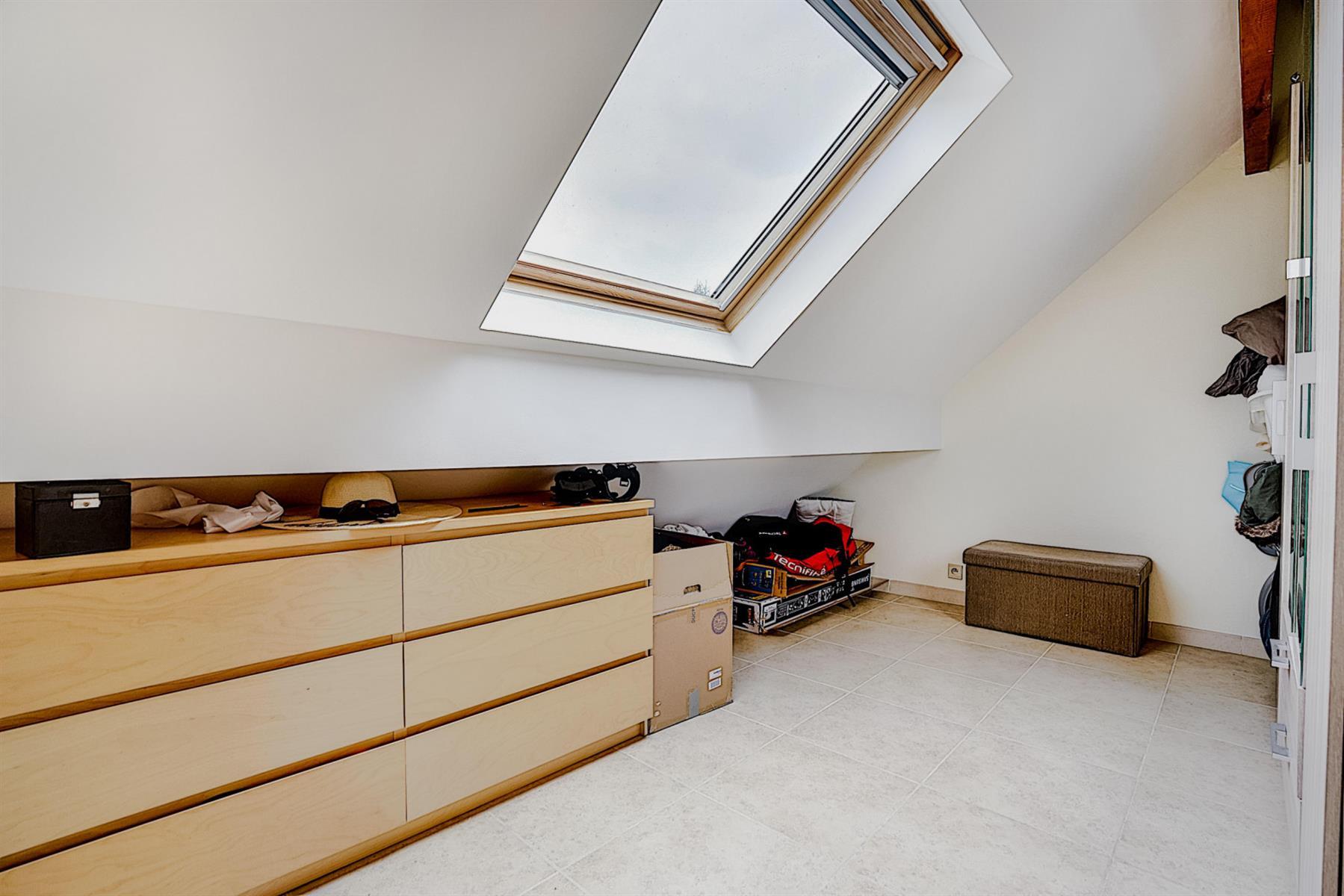 Appartement - Court-saint-Étienne - #4417219-21
