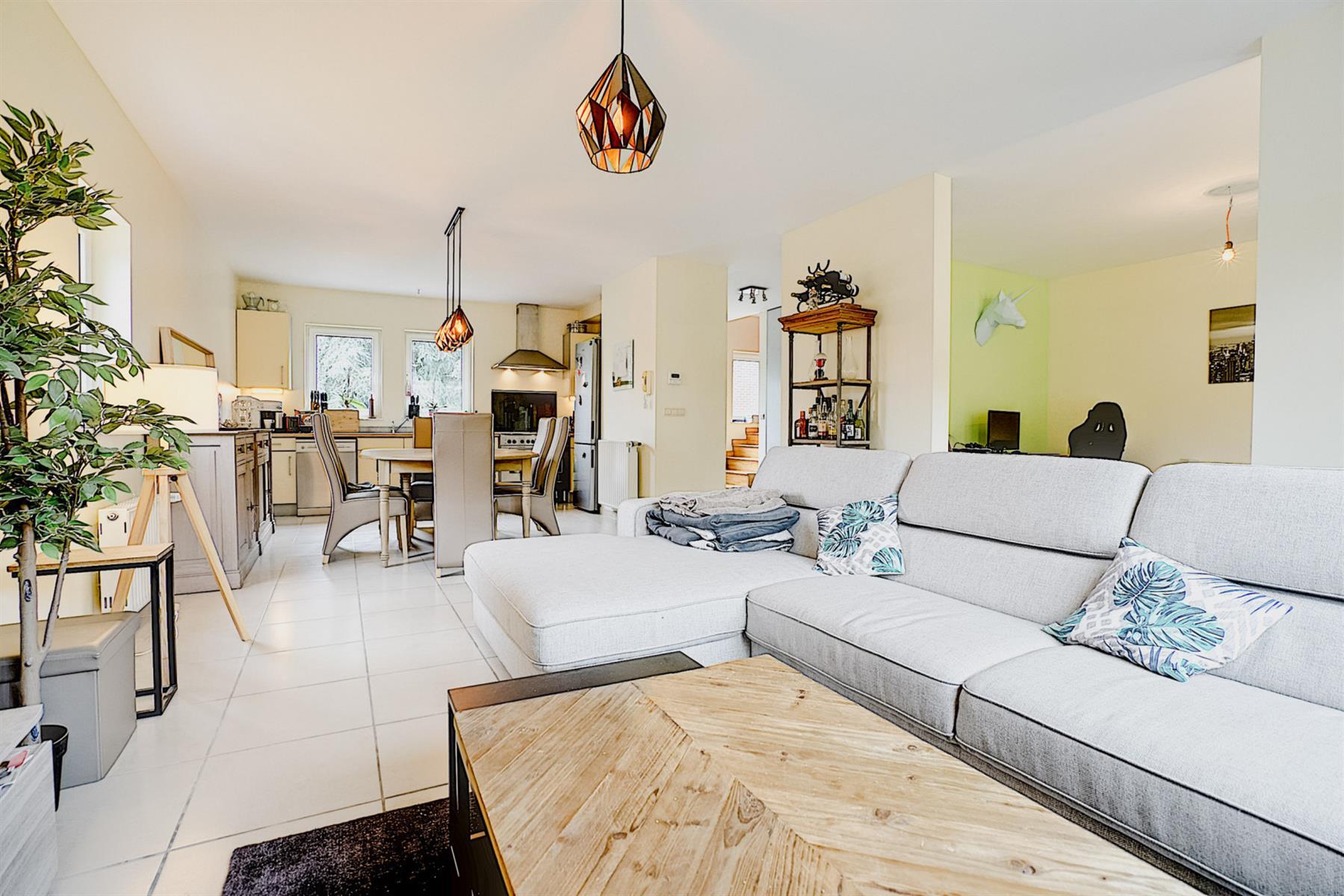 Appartement - Court-saint-Étienne - #4417219-1