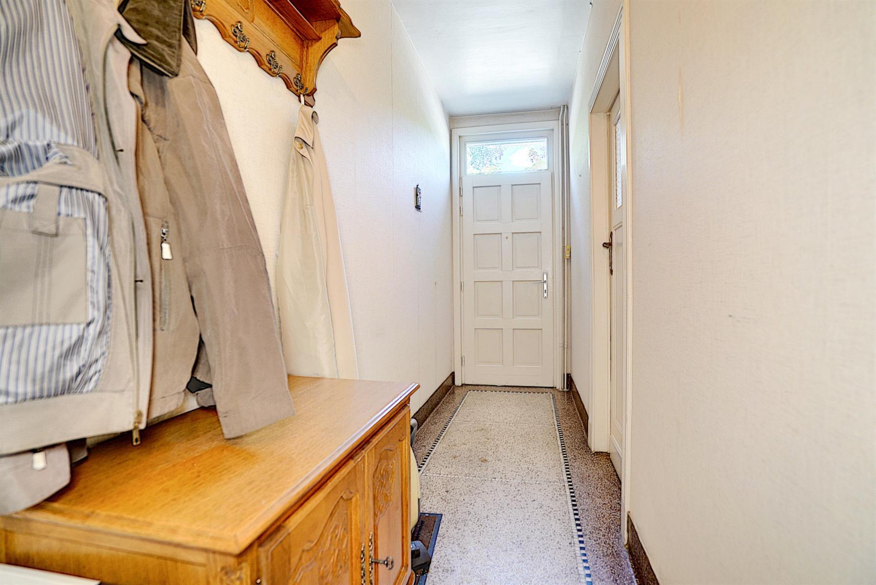 Maison - Court-saint-Étienne - #4499148-3