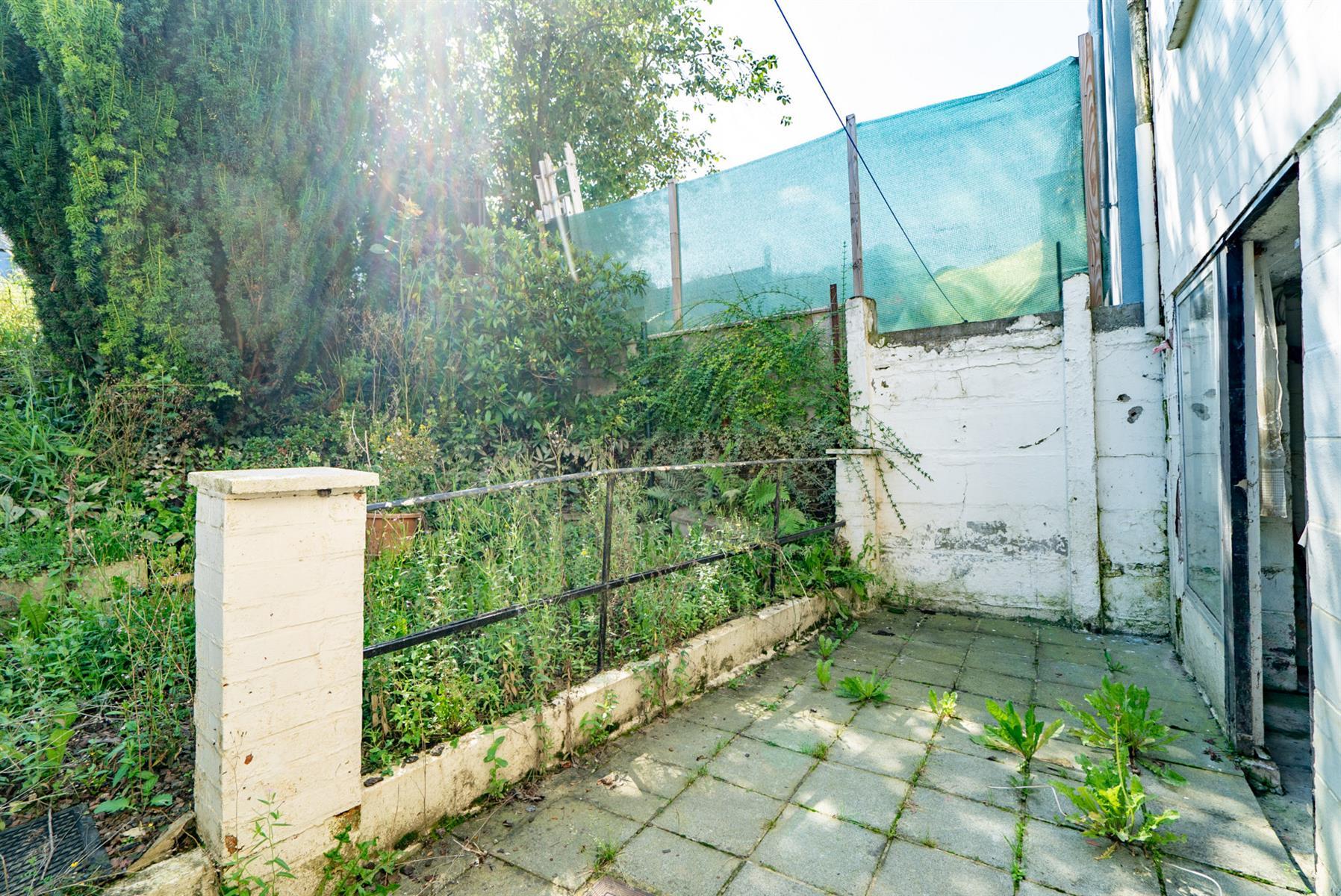 Maison - Court-saint-Étienne - #4499148-16