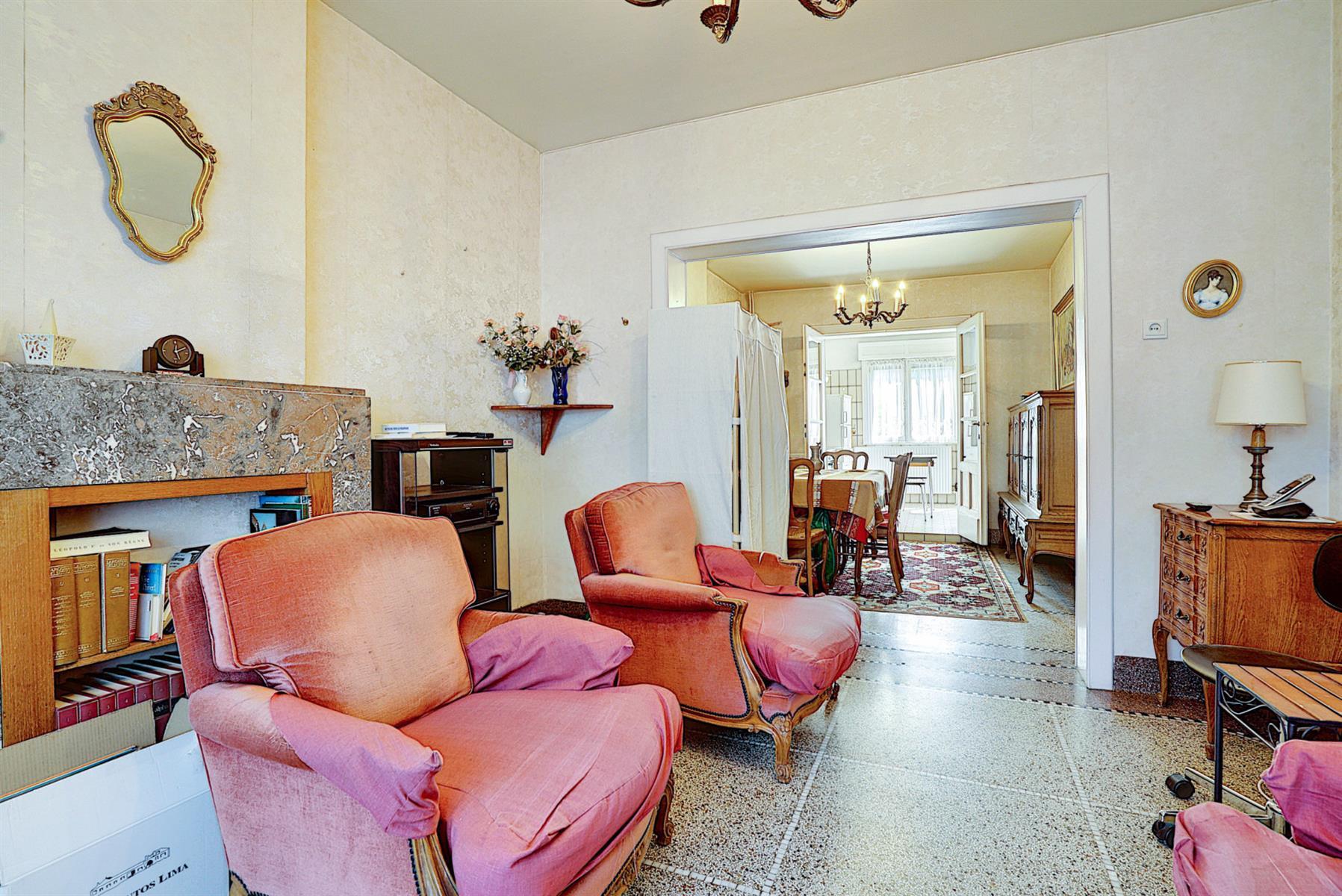 Maison - Court-saint-Étienne - #4499148-2