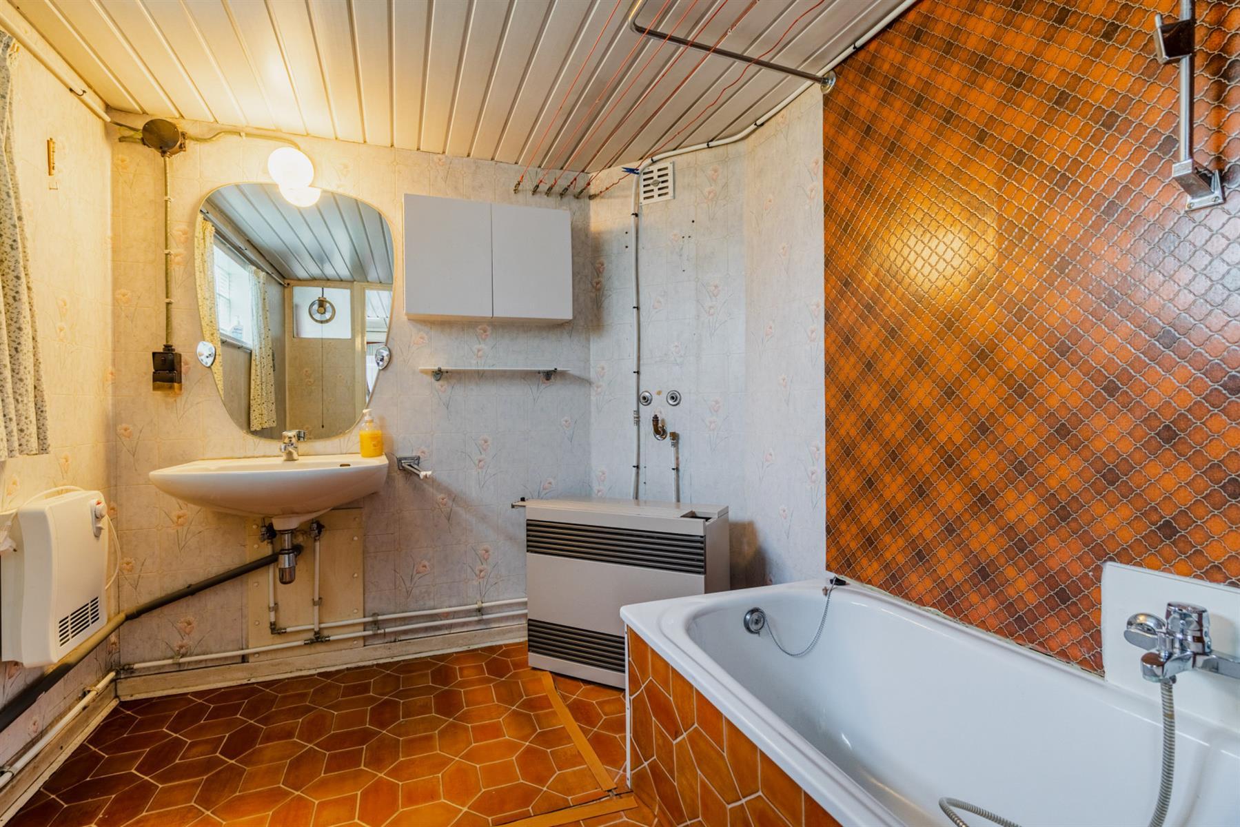 Maison - Court-saint-Étienne - #4518416-8