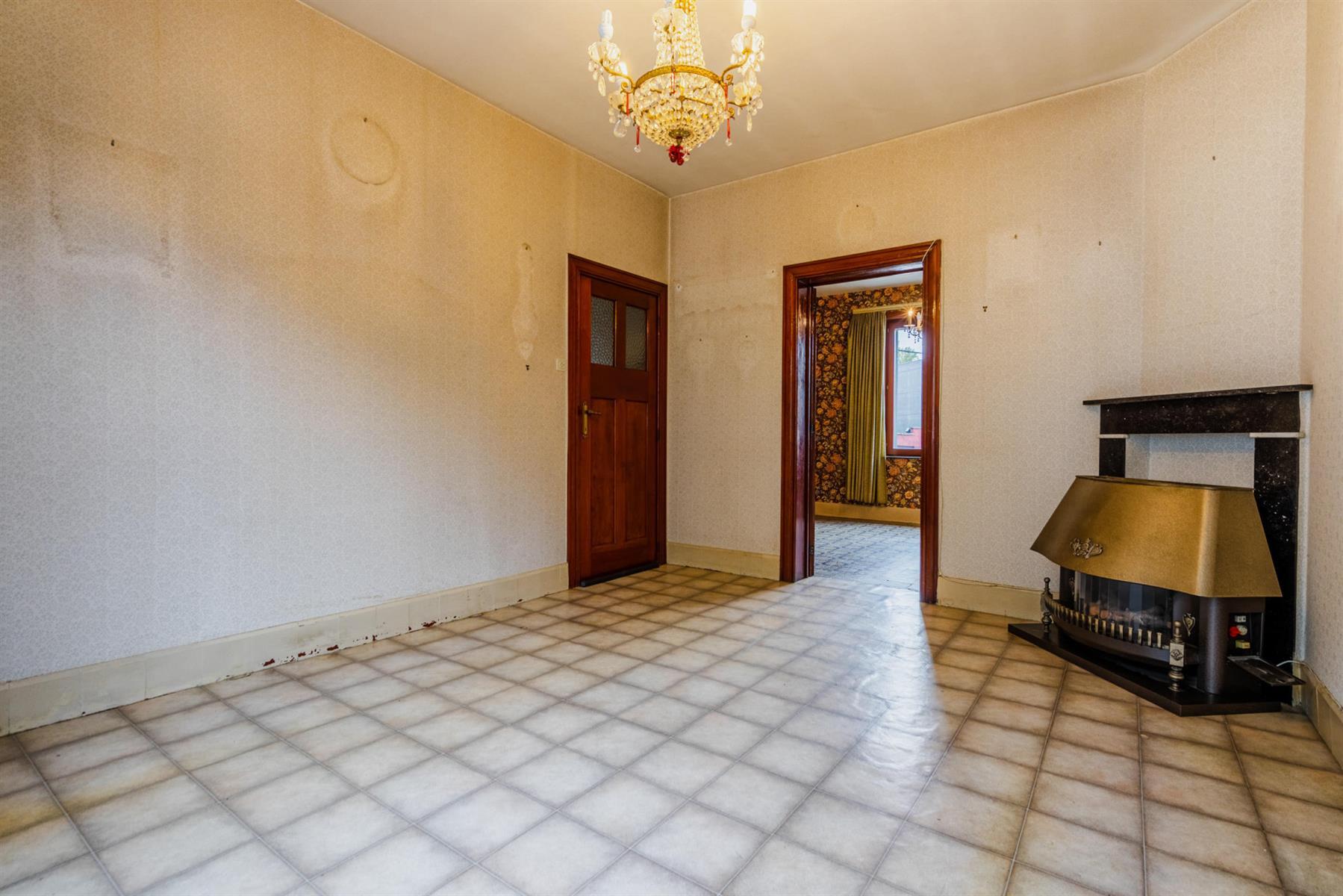 Maison - Court-saint-Étienne - #4518416-4