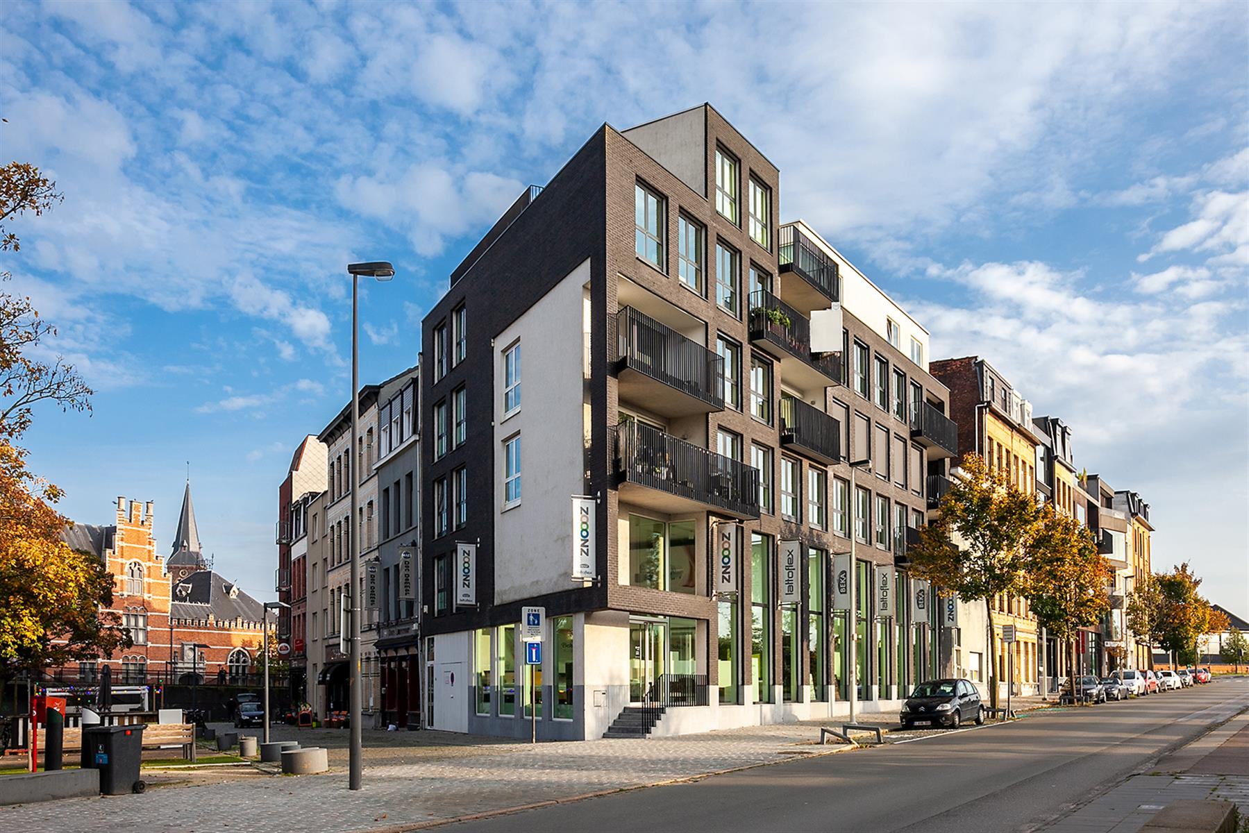 Trendy appartement met uitzicht op Park Spoor Noord en de skyline van Antwerpen.