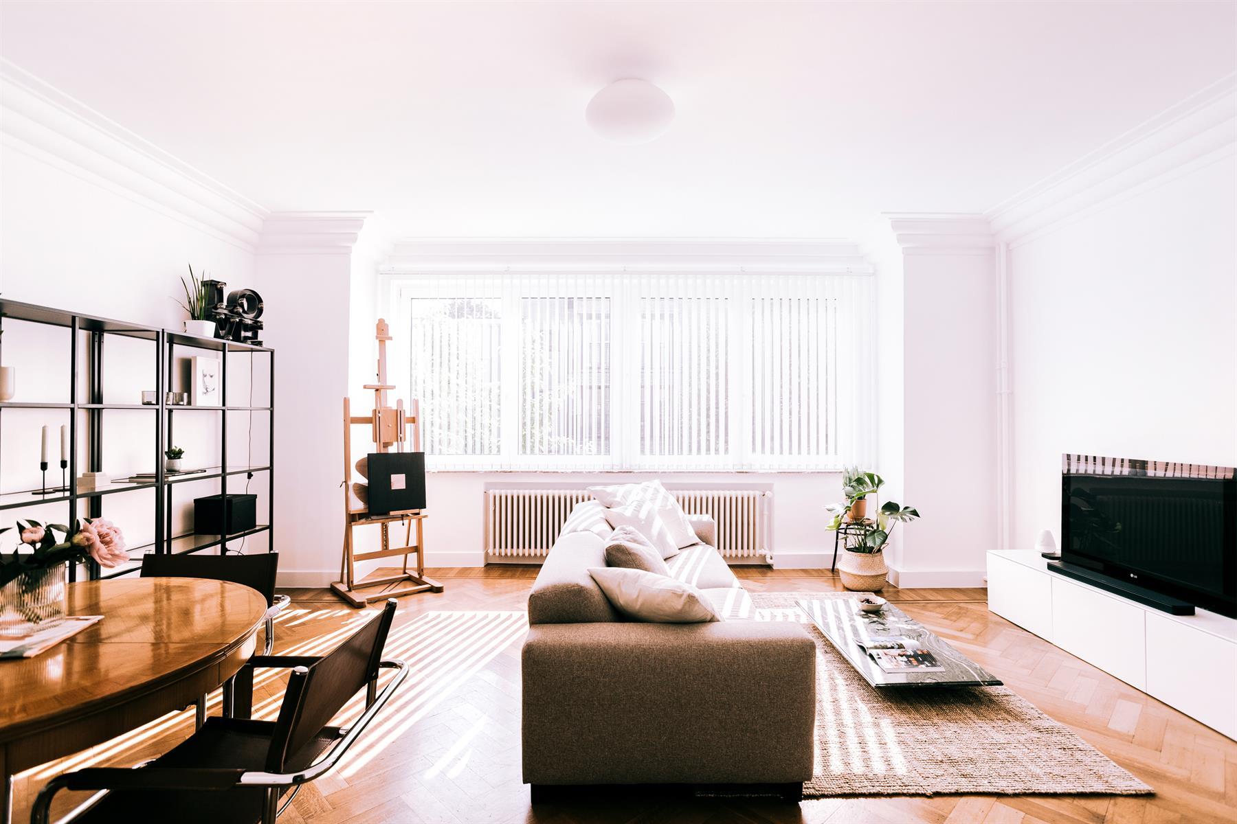 Charmant 2slpk-appartement met behoud van art-deco elementen.
