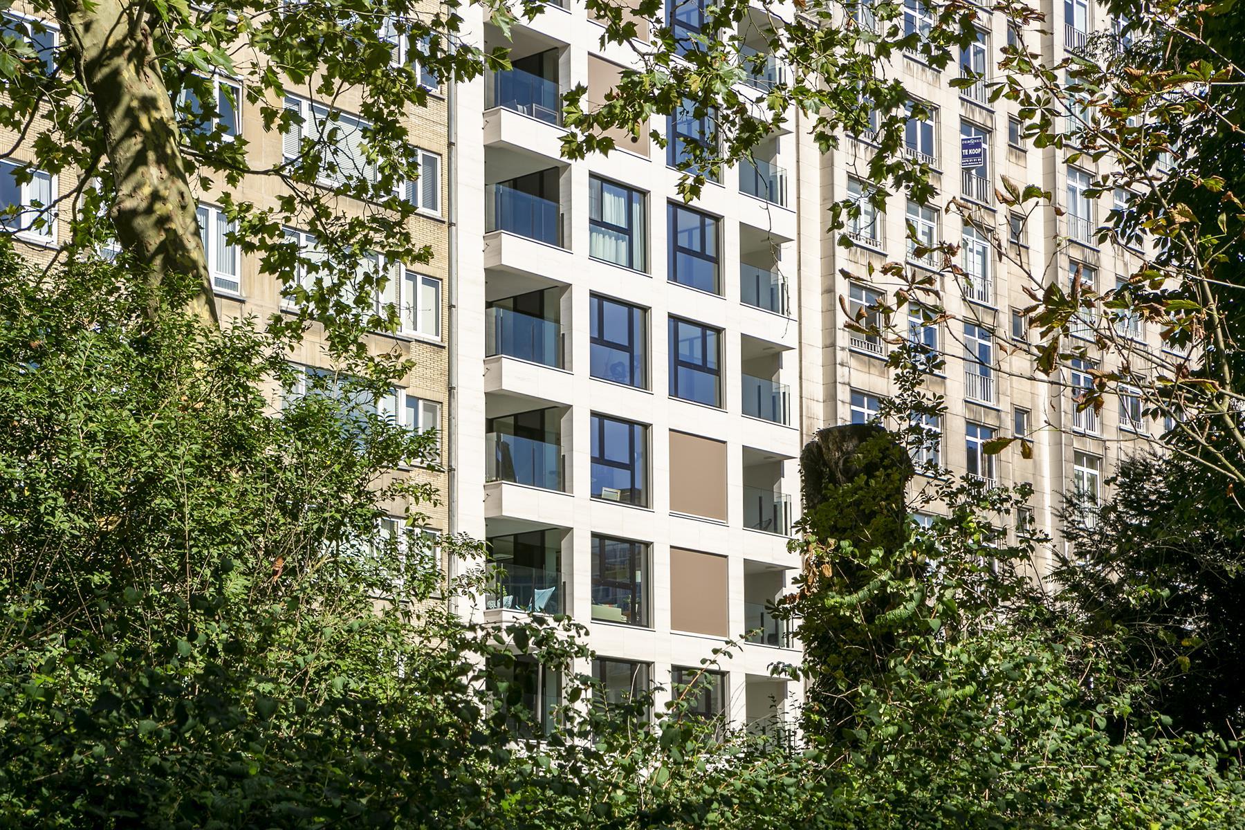 Spiksplinternieuw appartement aan het Antwerpse Stadspark.