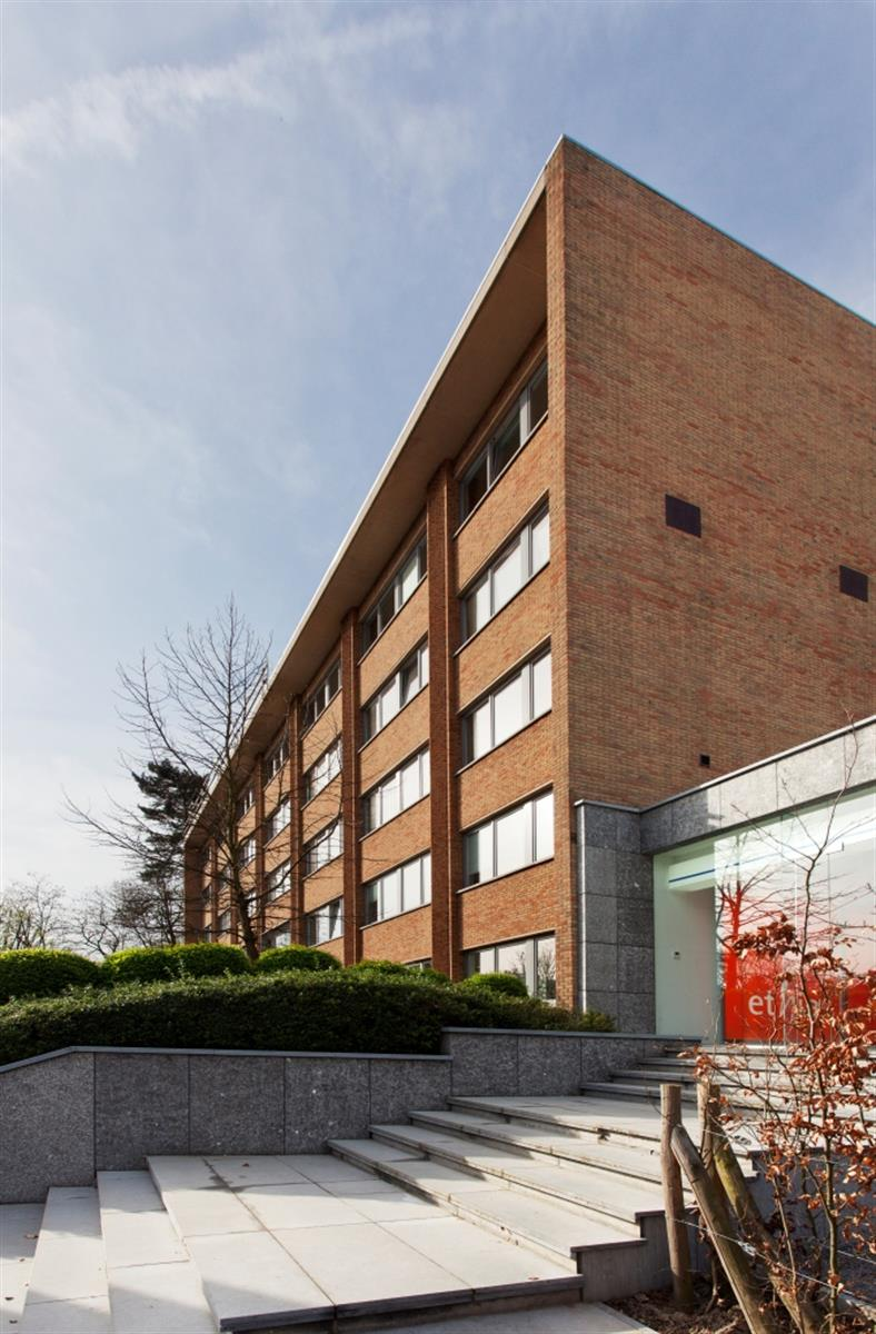 Immeuble à usage multiple -  - #4026123-1
