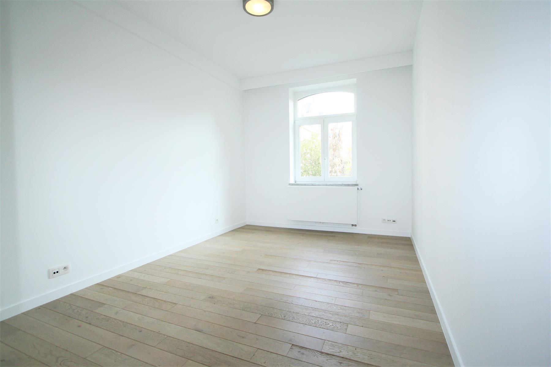 Appartement - Saint-Gilles - #4046325-9