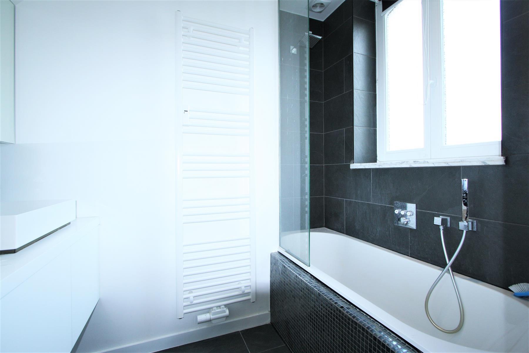 Appartement - Saint-Gilles - #4081428-23